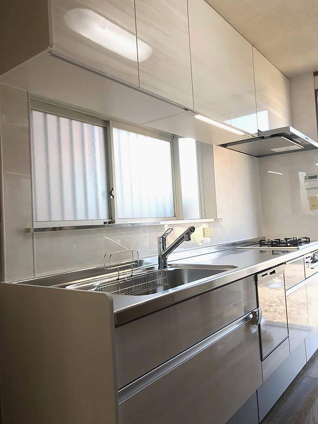 ビルトイン食洗機のあるキッチン