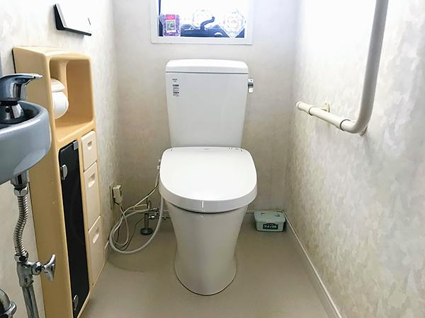 茨城県神栖市 トイレ リフォーム|トイレと一緒に床のクッションフロアも一新