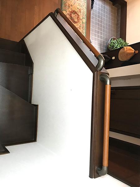 千葉県香取市 階段リフォーム|手すりの設置で安全に昇降