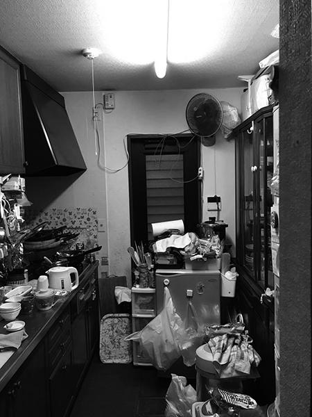 千葉県印西市|対面キッチンの狭さを壁付けタイプに変更し開放感を