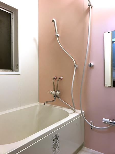 茨城県つくば市浴室リフォーム ヒビの入ったタイルの浴室をリフォームで暖かく