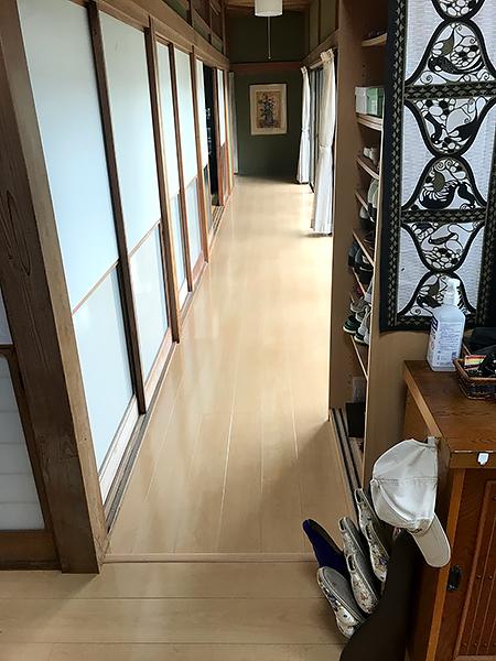 千葉県香取市 沈みのあった玄関・廊下の床をリフォーム