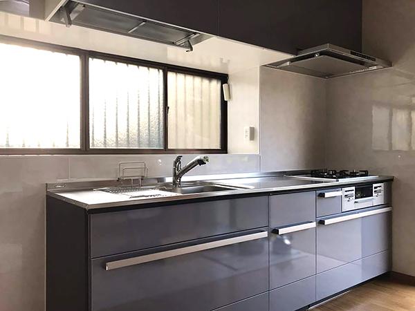 きれいな色のキッチン