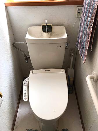 千葉県富里市 トイレリフォーム|溝の無いフチレス形状便座のアメージュZに変更してお手入れが楽に