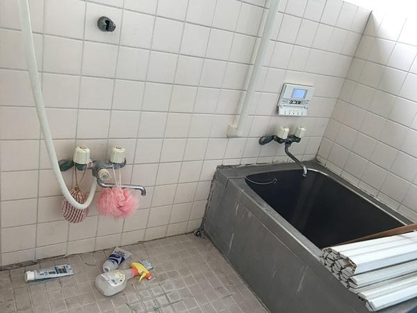 茨城県稲敷市浴室リフォーム|白アリ被害にあったお風呂を綺麗に
