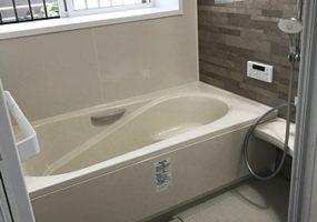 浴室:LIXILアライズ/給湯器:ノーリツに交換