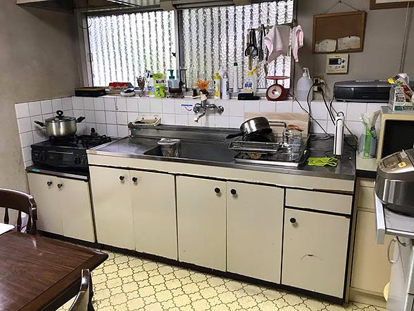 茨城県牛久市キッチンリフォーム 段差も少なくお掃除が楽に