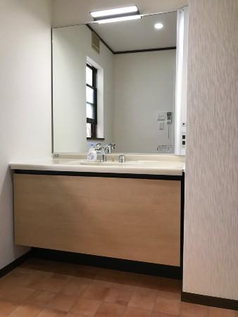 千葉県佐倉市洗面化粧台リフォーム 漏水で木部腐食